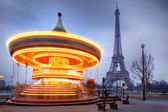 Moving carousel close to Eiffel Tower, Paris — Stock Photo