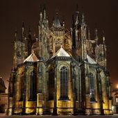 St. Vitus Cathedral at night in Prague — Stock Photo