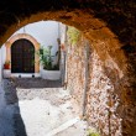 Secret door of Rhodes — Stock Photo #42624261