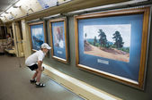 """Unusual train """"Aquarelle"""" in the Moscow subway - with reproductions of famous artists — Stock Photo"""