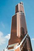 Stadtturm von wolkenkratzer quecksilber - es ist der höchste wolkenkratzer in moskau, russland.. — Stockfoto