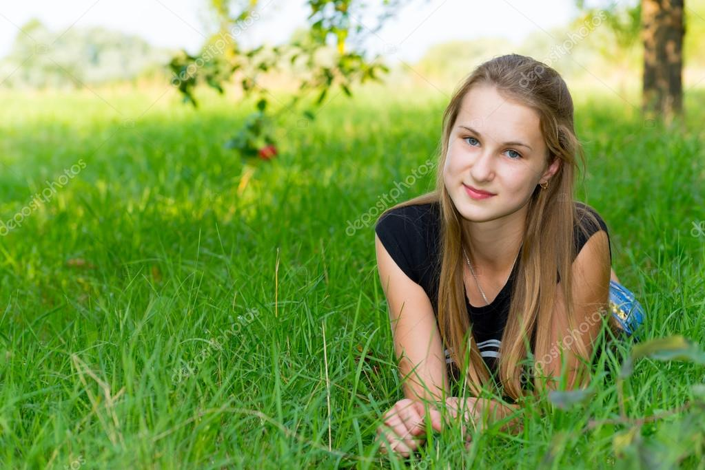 фото юных на природн