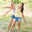 Two teen girls in nature — Stock Photo