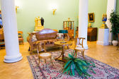 Antique household items in the Hermitage in St. Petersburg — Stock Photo