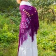 Stockfoto: Womin knitted shawl in nature