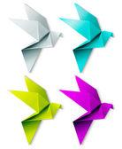 カラフルな折り紙の鳥のセットです。eps 10 — ストックベクタ