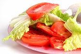 Салат на белом — Стоковое фото