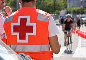 Ambulância na corrida de bicicletas — Fotografia Stock