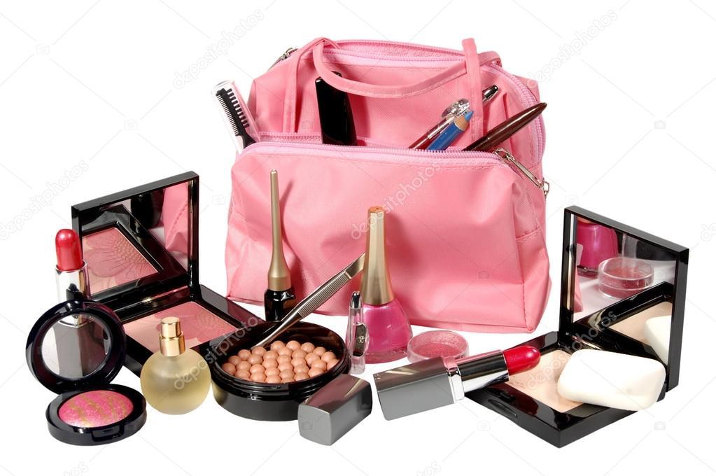 Косметику и парфюмерию можно купить в магазине парфюм-вояж в абакане.