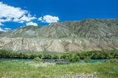 Green water of Kekemeren river, Tien Shan — Foto Stock
