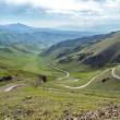 Serpentine mountain road in Kyrgyzstan — Foto Stock