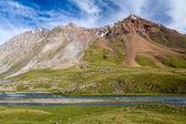 キルギスタンのジル ・ suu 川 — ストック写真