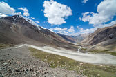 View on the winding road from Barskoon pass — Stockfoto