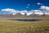 Mountain lake. Kirgizstan — Stock Photo