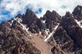 Sharp red mountain peaks. Tien Shan — Stock Photo