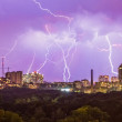 Lightning in the city — Stock Photo