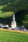 Hautekuce dorp in de alpen — Stockfoto