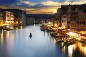 在晚上,威尼斯大运河 — 图库照片