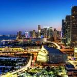 Miami downtown at night — Stock Photo