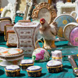 Foto Stock: Porcelain at flemarket