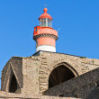 Brittany: Saint Mathieu lighthouse and old abbey ruins — Stock Photo