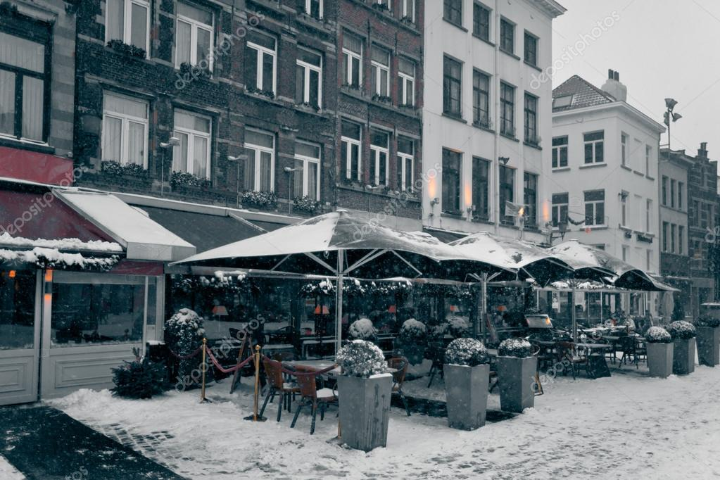 Antwerp at winter snowstorm. Horizontal toned  and grained image — Stock Photo #14825709