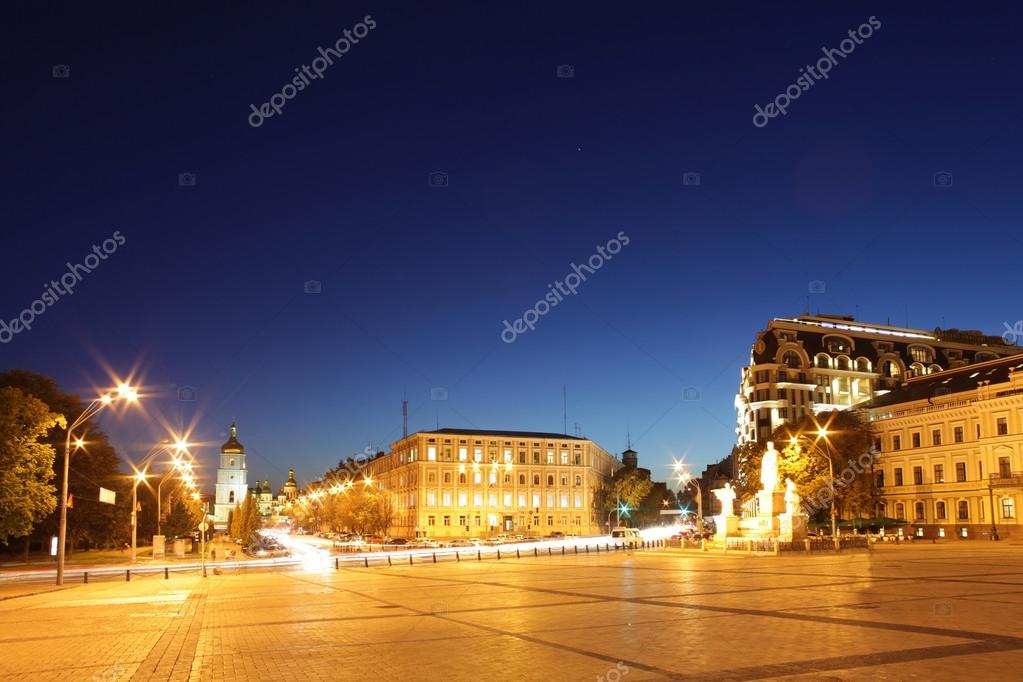 Panoramic view of  Sofia square in Kyiv  — Stock Photo #12814438