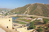 Beautiful Amber Fort near Jaipur city in India. Rajasthan — Stock fotografie