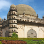 Golgumbaz, un mausoleo de mughal en bijapur, karnataka, india — Foto de Stock   #13611972