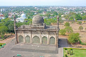 Golgumbaz, a Mughal mausoleum in Bijapur , Karnataka, India — Stock Photo