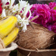 Flower and fruits in indian temple — ストック写真