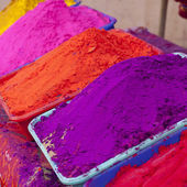 Different colors for sale in India — Stock Photo