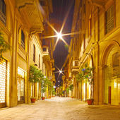 Streets at night in Milano, Italy — Stock Photo