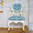 Blue ancient chair in palace — 图库照片