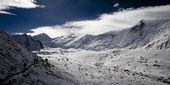 Himalayan mountains — Stock Photo