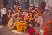 Sikh pilgrims in the Golden Temple during celebration Diwali day — Stock Photo