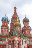 St. Basils cathedral on Red Square — Stock Photo