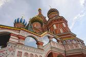 Catedral de st manjericões na praça vermelha — Foto Stock