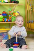 Llittle boy at play in his room — Zdjęcie stockowe