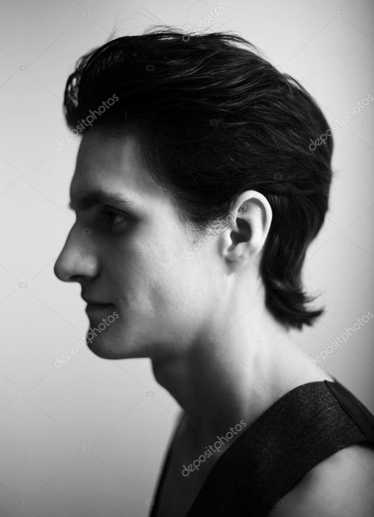 年轻有魅力的男人 — 图库照片