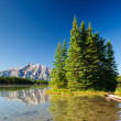 Mount Rundle from Cascade Ponds — Stock Photo #19009937