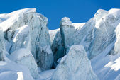 Glacial crevasse and ice structure — Stock Photo