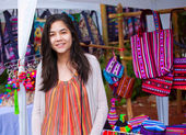 Teen girl shopping outdoor bazaar in Thailand — Stock Photo