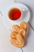 Tea and biscuits — Stock Photo