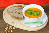 Pumpkin soup and seeds with bread — Foto de Stock