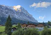 Grindelwald and mountain Eiger, sunrise, Switzerland — Stock Photo