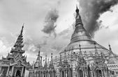 Golden Shwedagon temple, black and white — Stock Photo