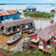 Tonle Sap, Cambodia - floating village — Stock Photo