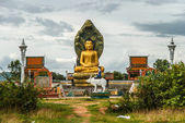 Buddha statue inside Temple complex, Cambodia — Stock Photo