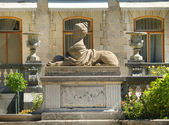 Sculpture in the park of Massandra palace in Crimea — Foto de Stock